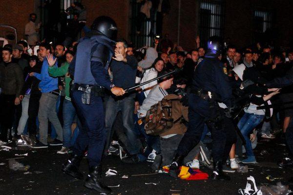 El problema de los derechos políticos y sociales en España los últimos años