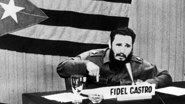Fidel no ha muerto, sigue vivo en la lucha